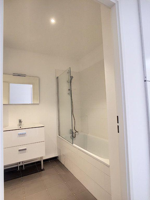 Appartement à louer 2 47m2 à Arras vignette-4