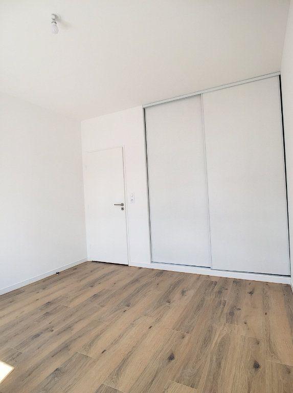 Appartement à louer 2 47m2 à Arras vignette-5