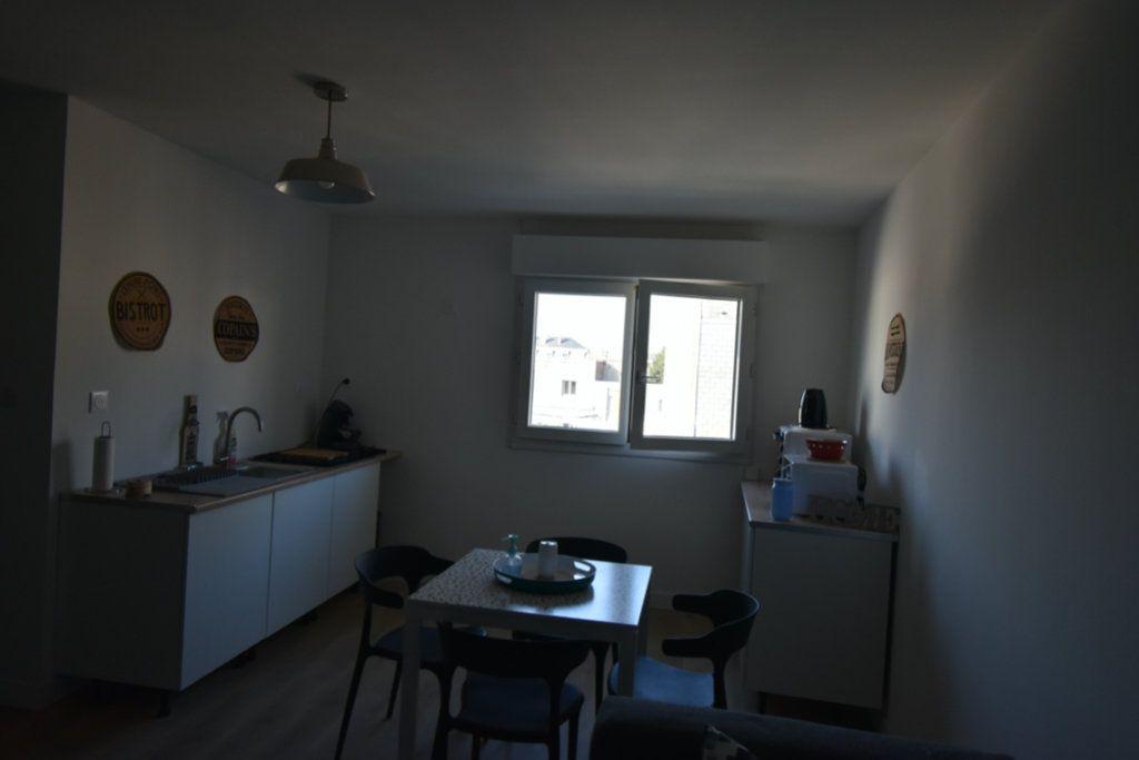 Appartement à louer 3 16.22m2 à Arras vignette-3