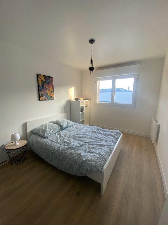 Appartement à louer 3 15.4m2 à Arras vignette-1