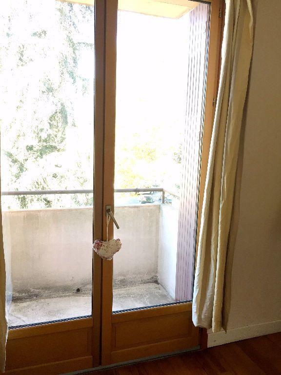 Appartement à louer 3 62.71m2 à Toulouse vignette-6