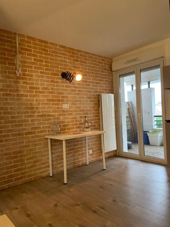 Appartement à louer 2 41.84m2 à Aucamville vignette-2