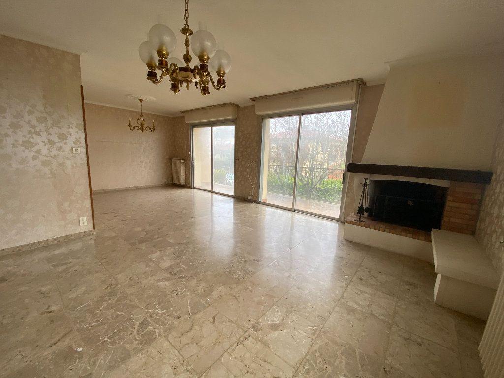 Maison à vendre 9 240m2 à Ramonville-Saint-Agne vignette-1