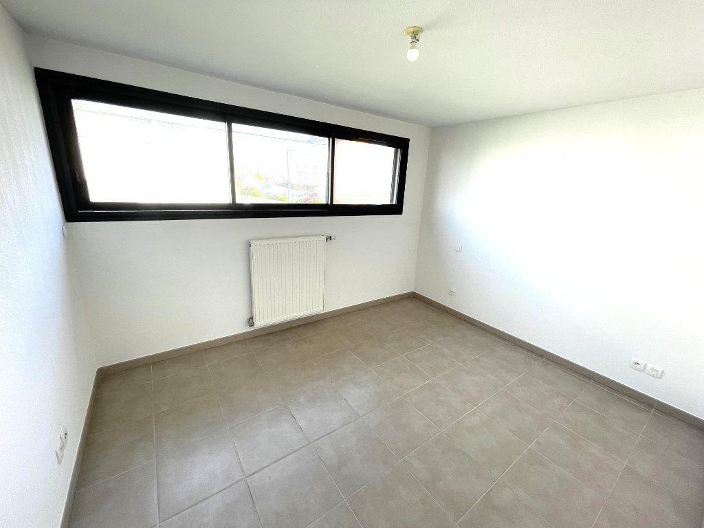 Maison à vendre 4 104m2 à Toulouse vignette-8