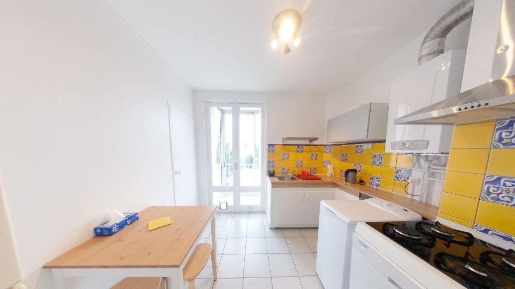 Appartement à louer 4 78.43m2 à Toulouse vignette-2
