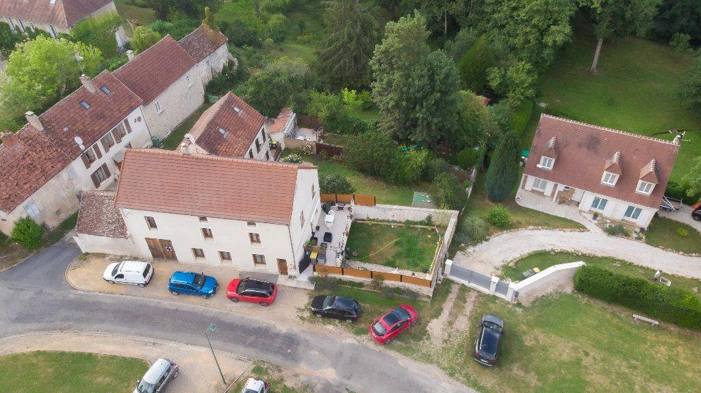 Maison à vendre 7 180m2 à Bussiares vignette-1