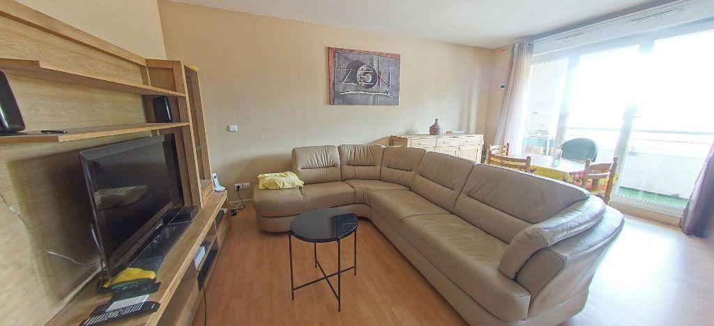 Appartement à vendre 3 63.33m2 à Villeneuve-Saint-Georges vignette-2