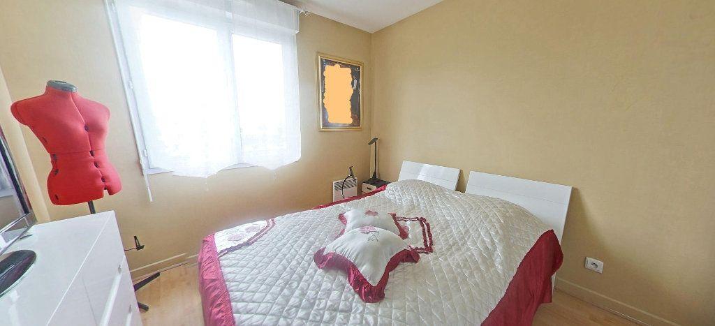 Appartement à vendre 3 63.33m2 à Villeneuve-Saint-Georges vignette-4