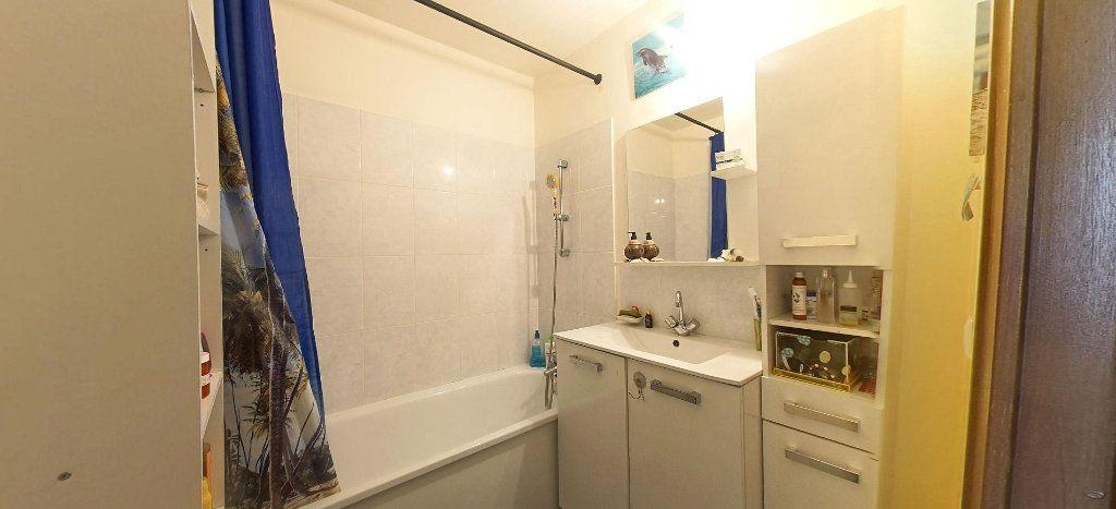Appartement à vendre 3 63.33m2 à Villeneuve-Saint-Georges vignette-5