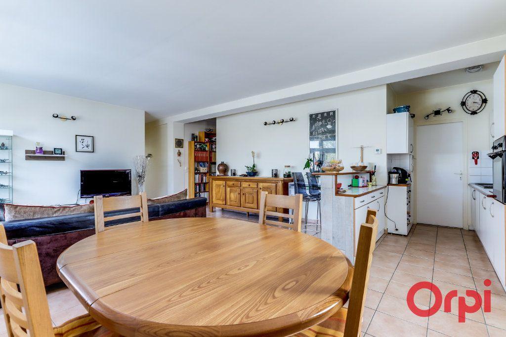 Appartement à vendre 4 106m2 à Bagnolet vignette-3