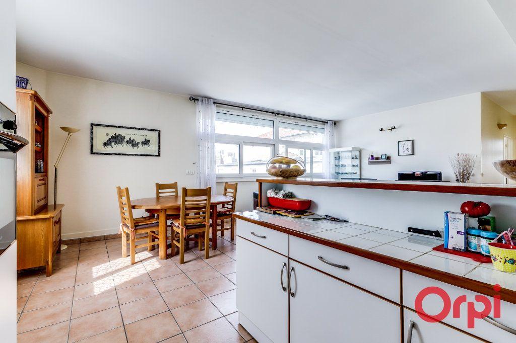 Appartement à vendre 4 106m2 à Bagnolet vignette-4