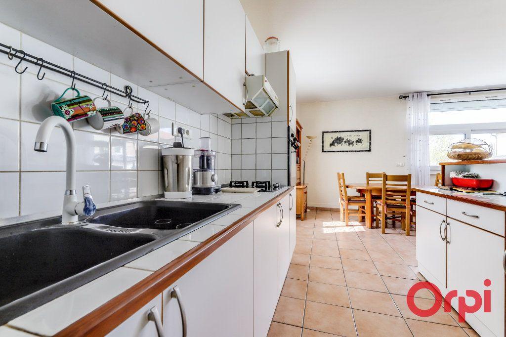 Appartement à vendre 4 106m2 à Bagnolet vignette-6