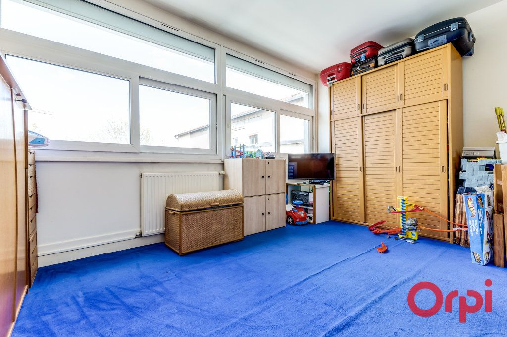 Appartement à vendre 4 106m2 à Bagnolet vignette-8