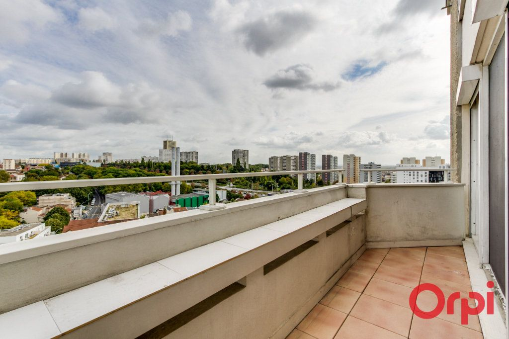 Appartement à vendre 4 82.75m2 à Bagnolet vignette-13