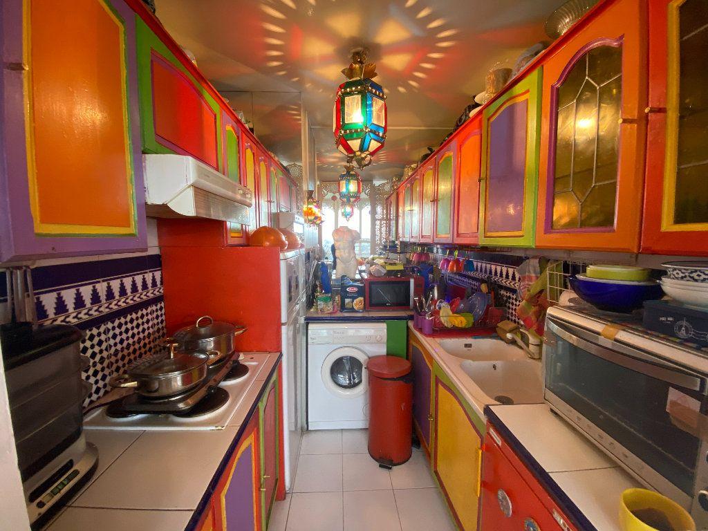 Appartement à vendre 2 49m2 à Bagnolet vignette-2
