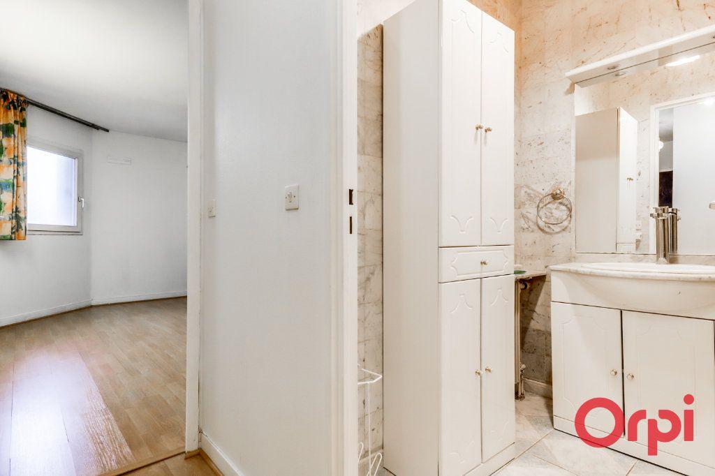 Appartement à vendre 5 98m2 à Bagnolet vignette-9