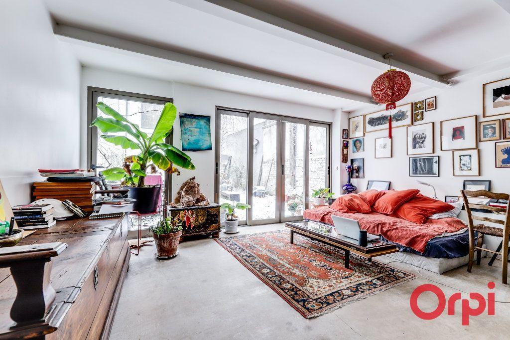 Appartement à vendre 3 70m2 à Montreuil vignette-1