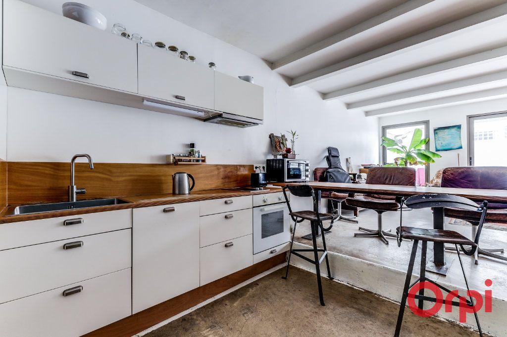 Appartement à vendre 3 70m2 à Montreuil vignette-4