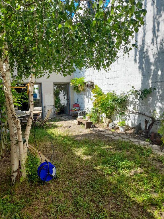 Appartement à vendre 3 70m2 à Montreuil vignette-9