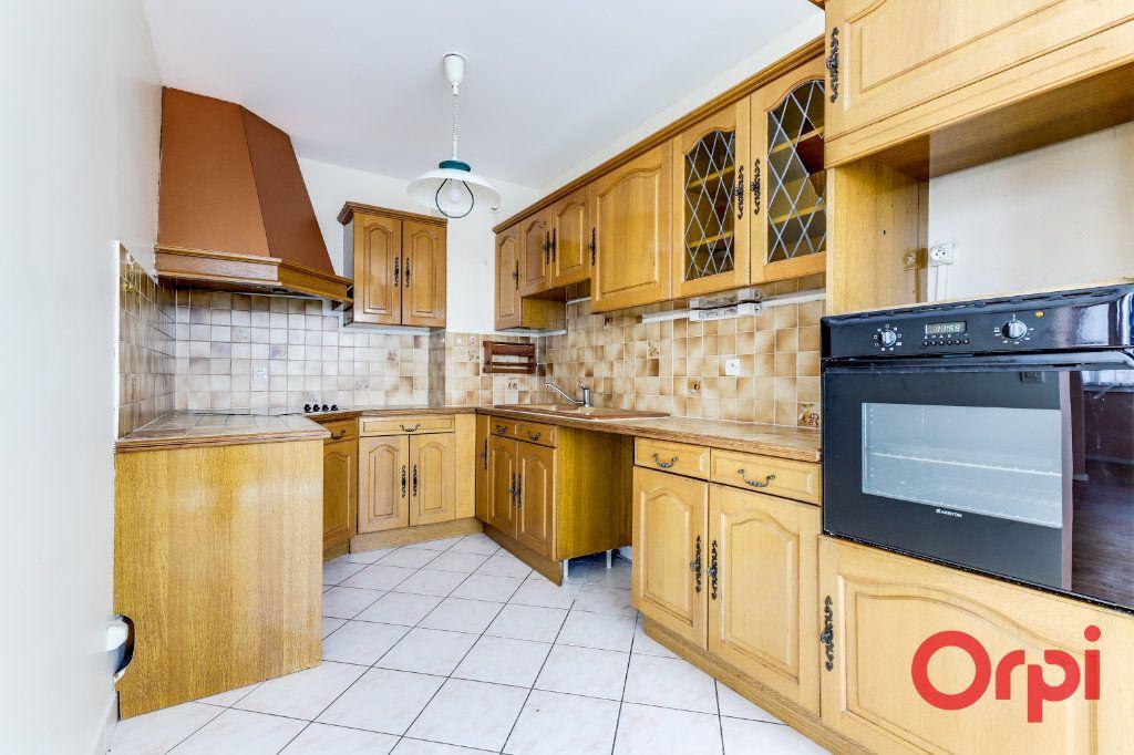 Appartement à vendre 4 82.12m2 à Bagnolet vignette-2