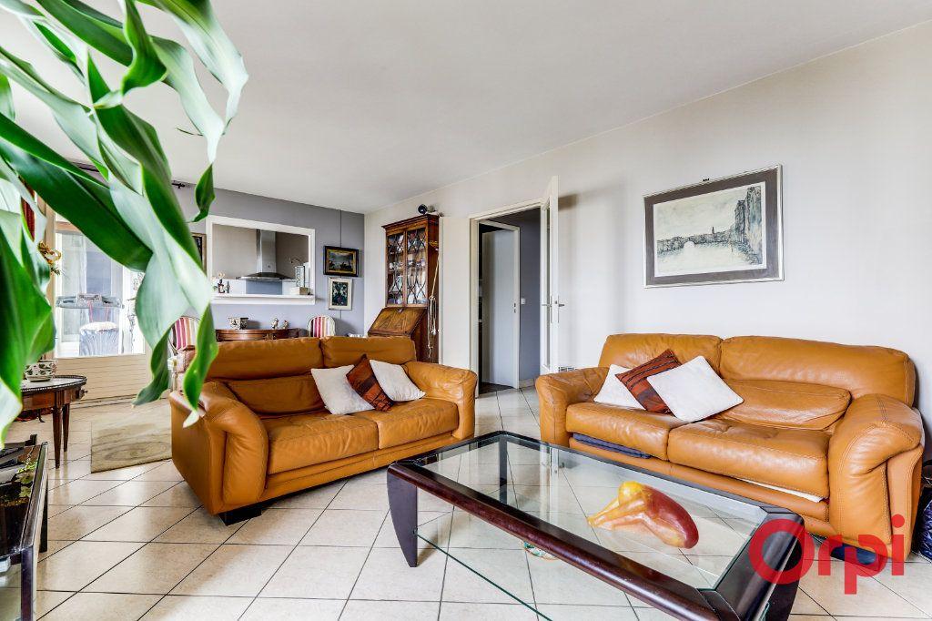 Appartement à vendre 5 93.35m2 à Romainville vignette-4
