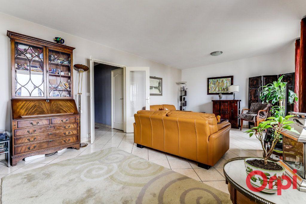 Appartement à vendre 5 93.35m2 à Romainville vignette-5