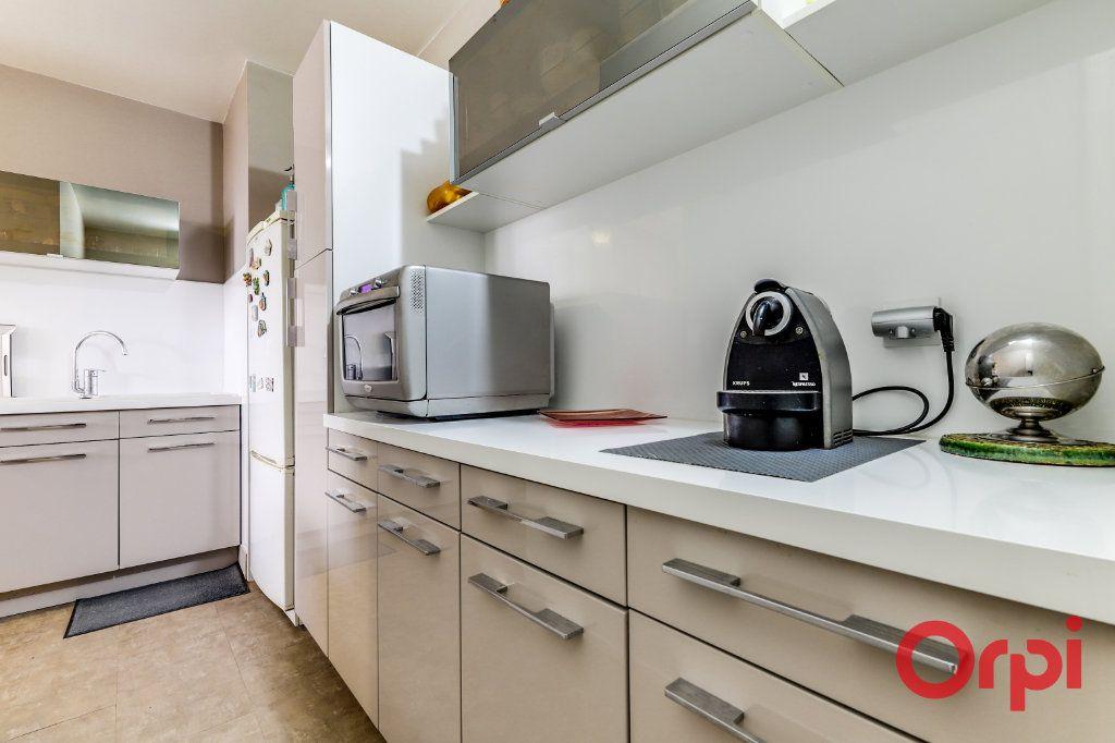 Appartement à vendre 5 93.35m2 à Romainville vignette-8