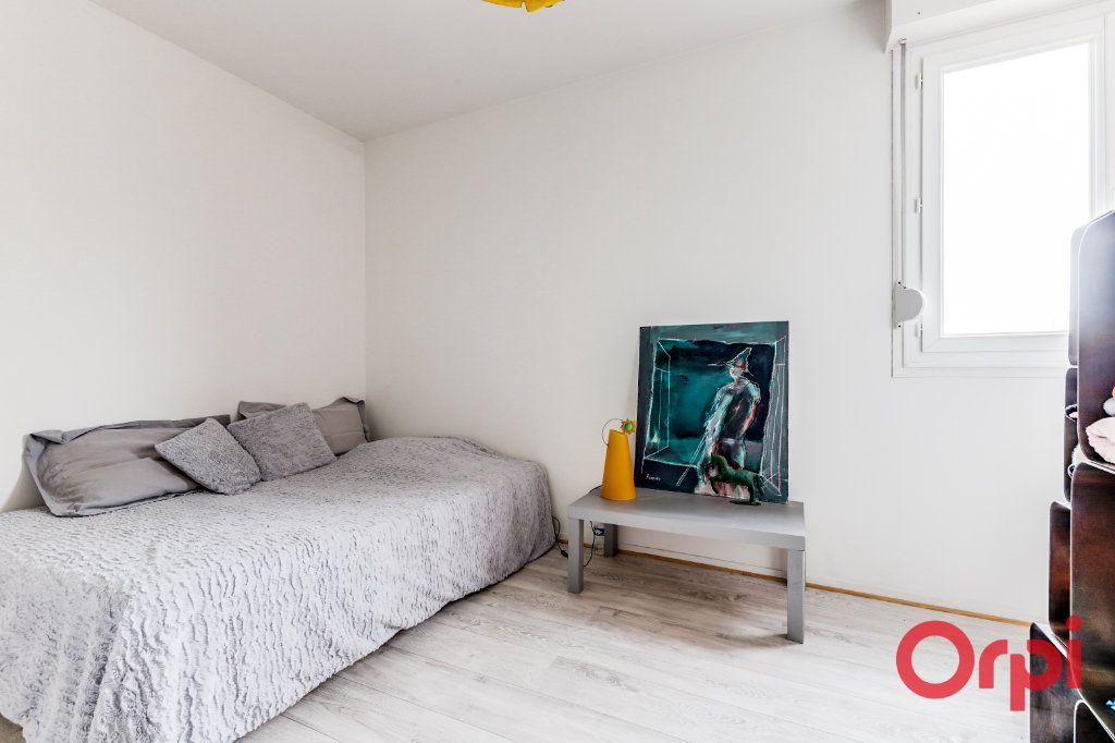 Appartement à vendre 5 93.35m2 à Romainville vignette-15