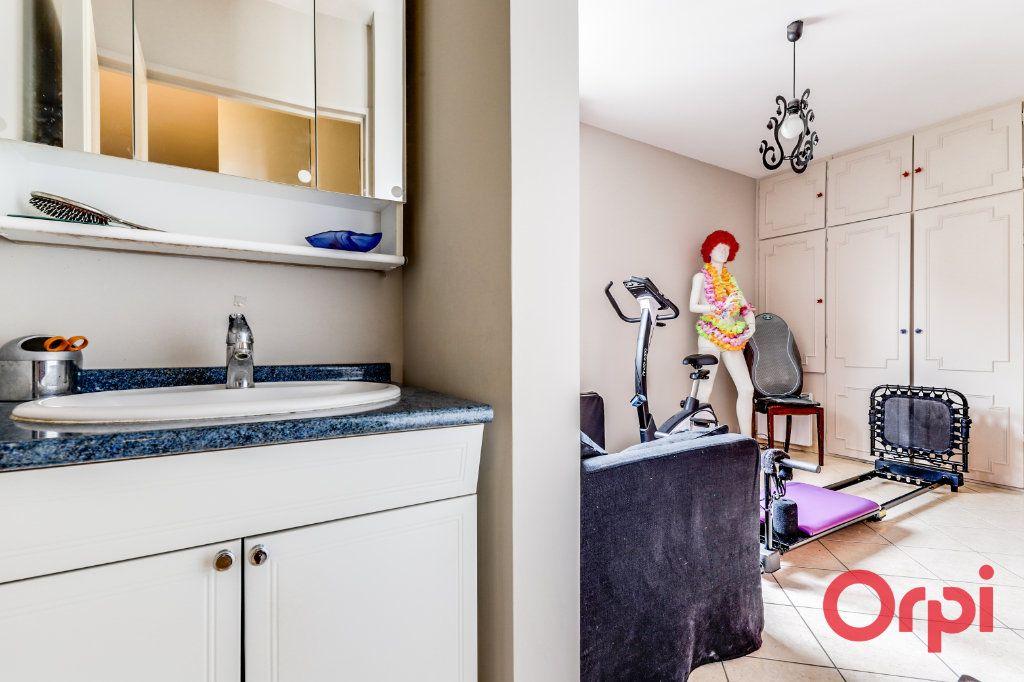 Appartement à vendre 5 93.35m2 à Romainville vignette-16