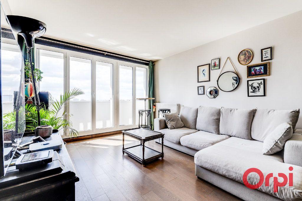 Appartement à vendre 3 65m2 à Les Lilas vignette-1