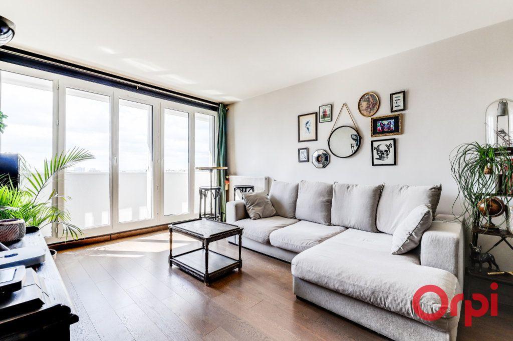 Appartement à vendre 3 65m2 à Les Lilas vignette-2