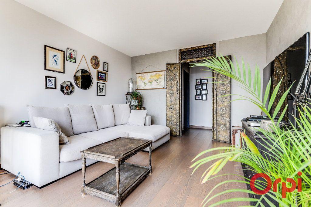 Appartement à vendre 3 65m2 à Les Lilas vignette-4