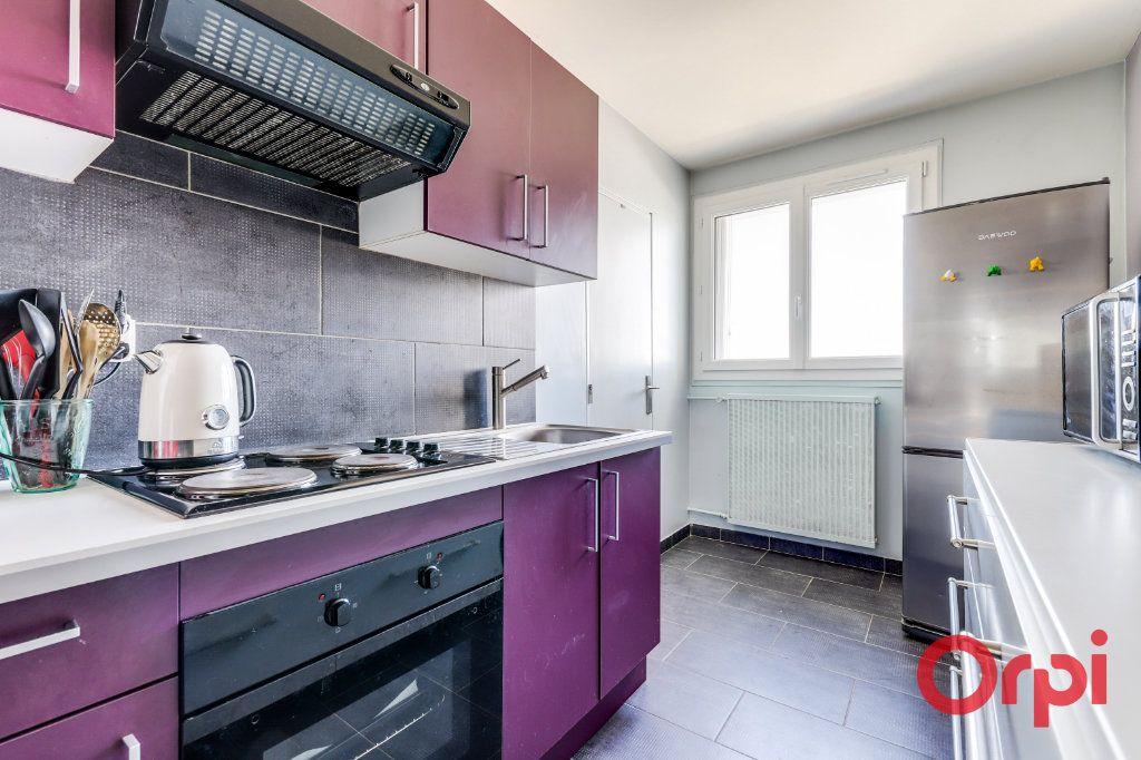 Appartement à vendre 3 65m2 à Les Lilas vignette-8