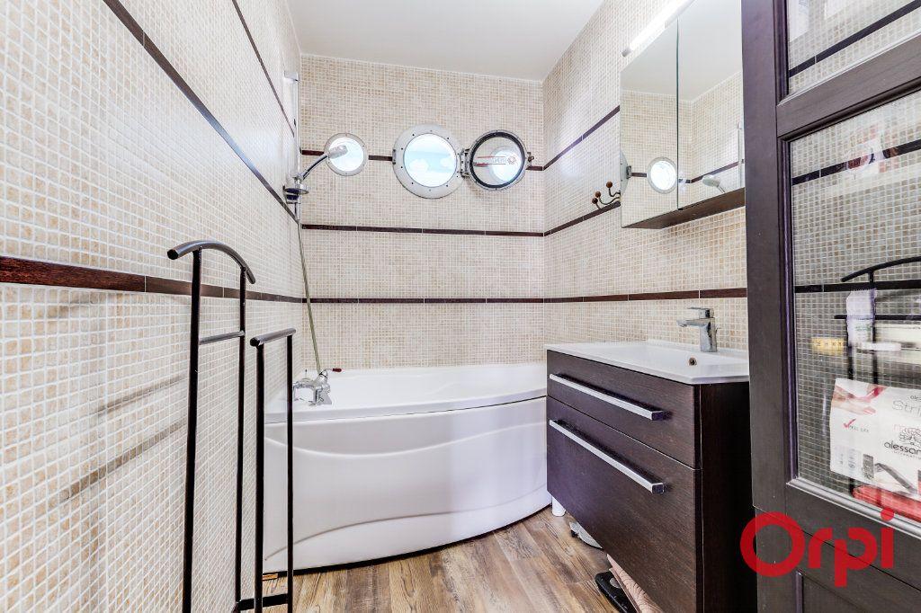 Appartement à vendre 3 65m2 à Les Lilas vignette-12