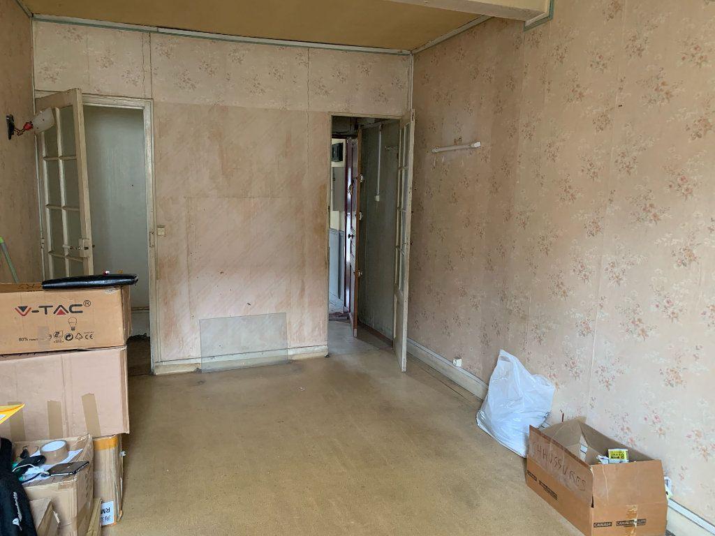 Appartement à vendre 2 30m2 à Alfortville vignette-2