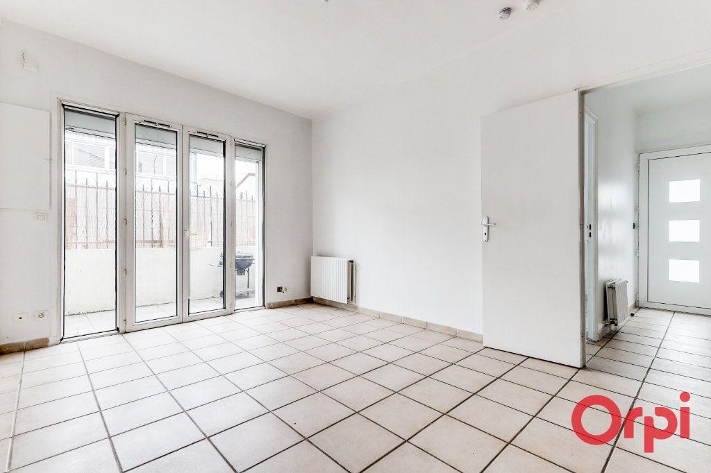 Appartement à vendre 3 62m2 à Bagnolet vignette-3