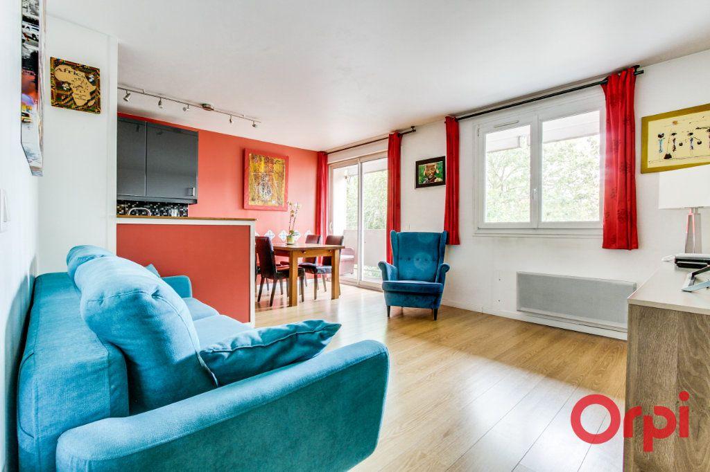 Appartement à vendre 3 69.07m2 à Romainville vignette-2