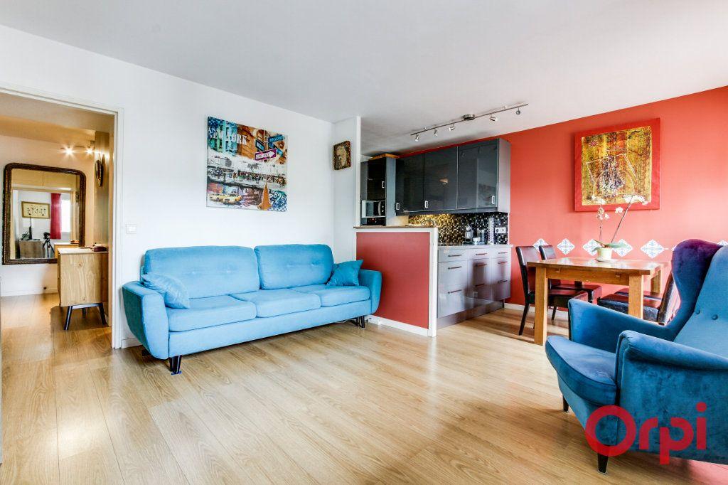 Appartement à vendre 3 69.07m2 à Romainville vignette-3