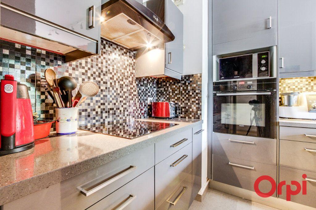 Appartement à vendre 3 69.07m2 à Romainville vignette-5