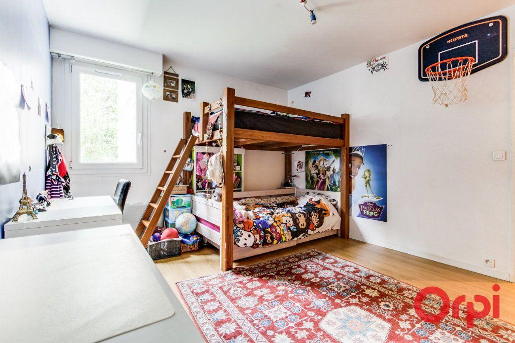 Appartement à vendre 3 69.07m2 à Romainville vignette-11