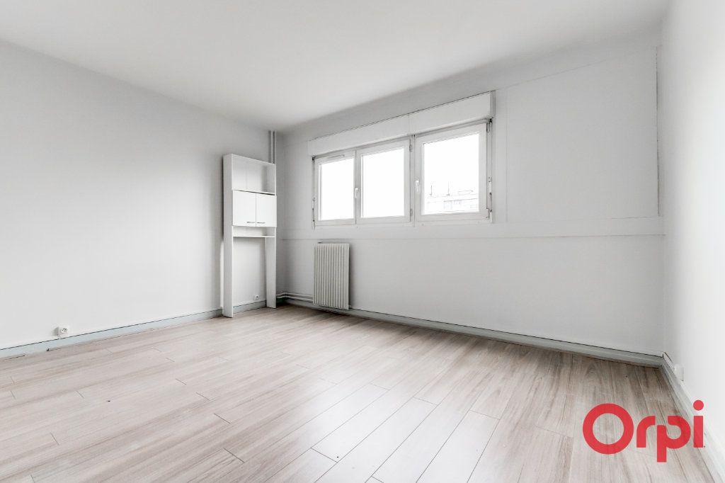Appartement à louer 3 72.54m2 à Bagnolet vignette-5