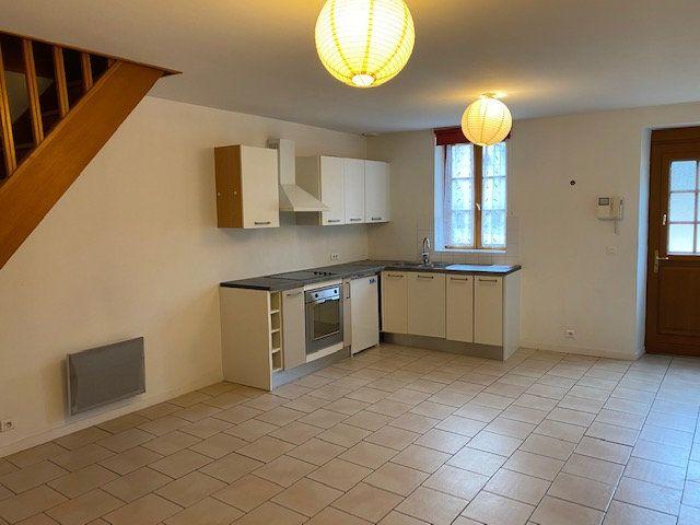 Appartement à louer 3 79m2 à Neuilly-en-Vexin vignette-1