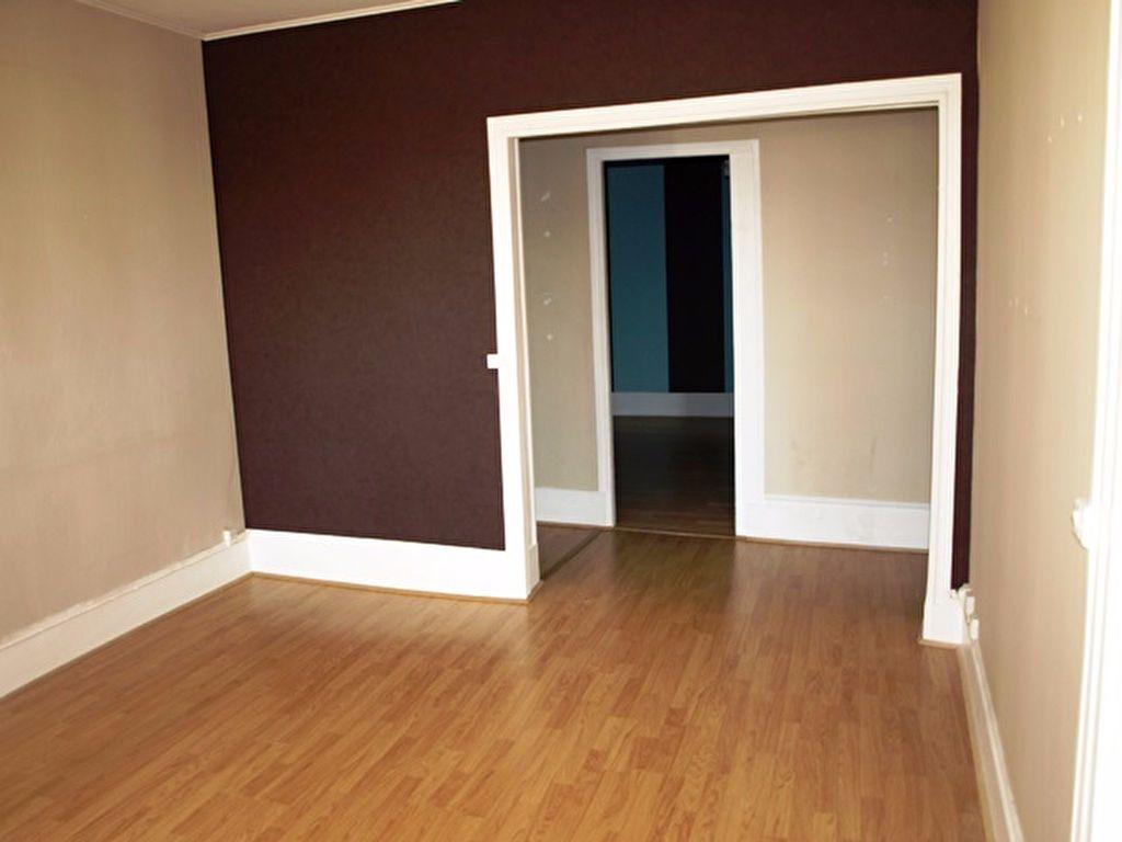 Appartement à louer 2 45m2 à Marines vignette-2
