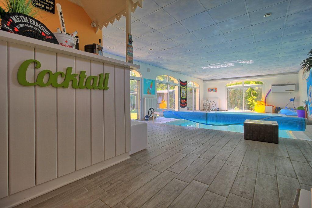 Maison à vendre 8 270m2 à Pont-Sainte-Maxence vignette-3