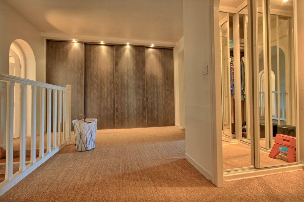 Maison à vendre 8 270m2 à Pont-Sainte-Maxence vignette-16