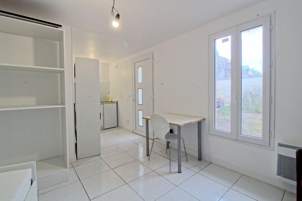 Appartement à louer 1 19.14m2 à Pont-Sainte-Maxence vignette-2