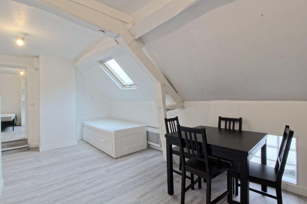 Appartement à louer 2 34.9m2 à Pont-Sainte-Maxence vignette-1