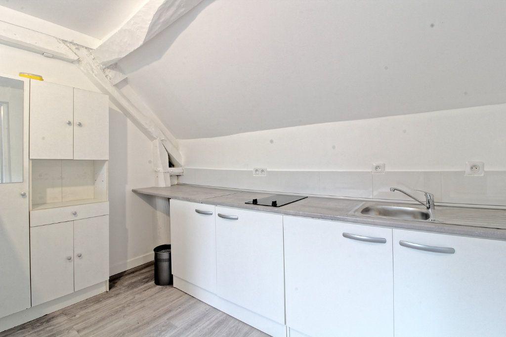 Appartement à louer 2 34.9m2 à Pont-Sainte-Maxence vignette-2