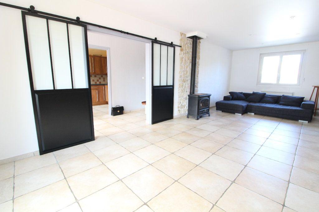 Maison à vendre 6 140m2 à Pont-Sainte-Maxence vignette-2