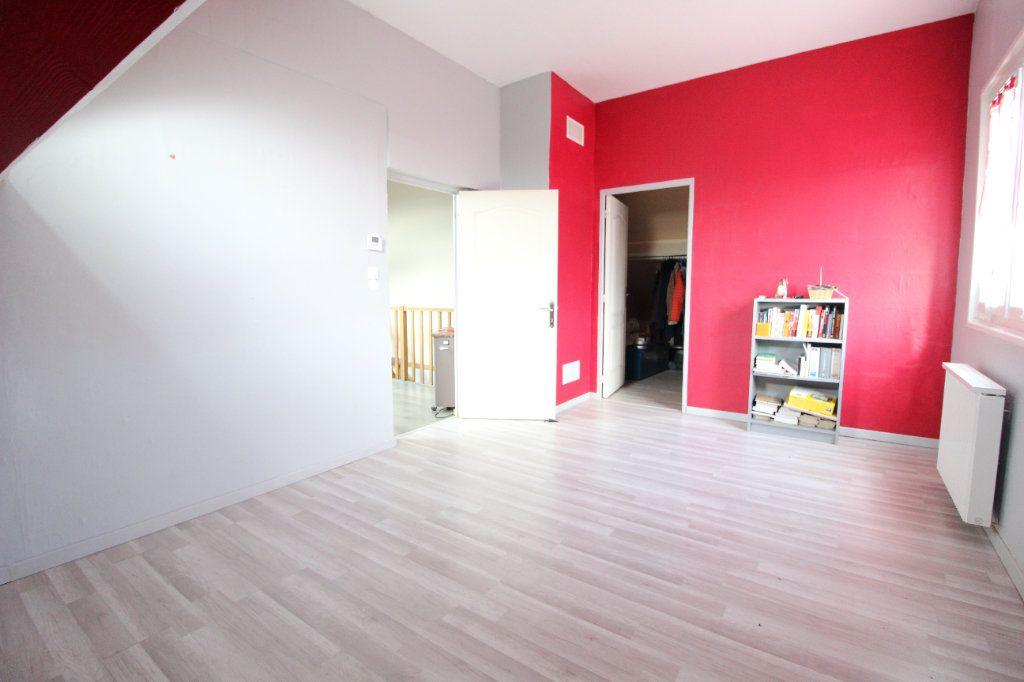 Maison à vendre 6 140m2 à Pont-Sainte-Maxence vignette-5